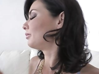 Curvy Milf Veronica Avluv gets her shaved wet pussy filled w hardcore milf