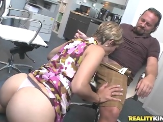 Hot secretary is sucking a sweet dick brunette blowjob