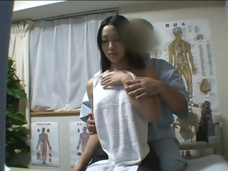 Japanese angel massaged and drilled lustily massage straight